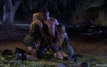 Midnight hard sex with a hot man be expeditious for both these army milfs