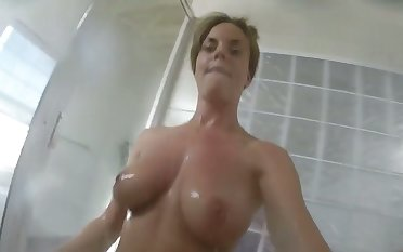 There are not many hotties who can shower like this and her tits are huge