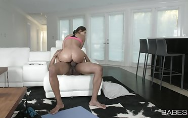 Big ass babe rides the BBC like it's the do away with of the globe