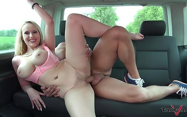 Busty blonde MILF Angel boned all-purpose the back seat of a car