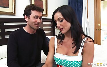 Cheating spliced Kendra Lust loves having intercourse with her neighbor