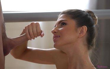 A pretty ballerina who loves a enduring fuck