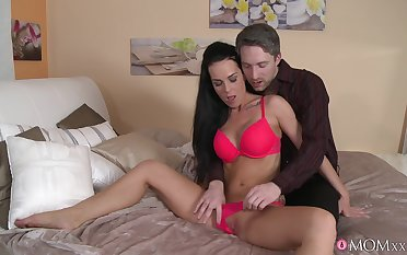 Alicia Outcast opens her legs in all directions be fucked by a massive cum revolver