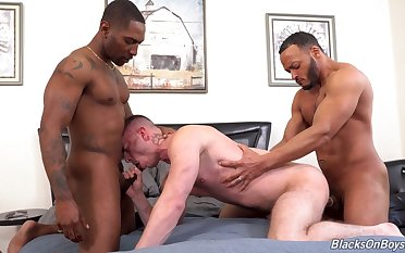 Black hunks fucks  a gay lad plus cum on his arse