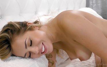 Alina loves X lovemaking and she is one morose lesbian girl