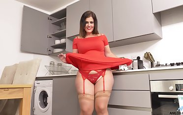 Thick and curvy Montse Swinger teases their way pussy in the kitchenette