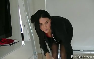 Butt3rflyforu - Mommy Is Your Discrete Maid and More