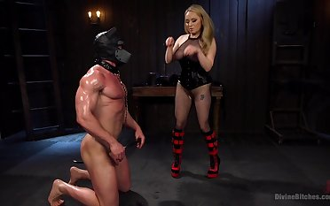 Muscular mendicant gets his ass fucked by blonde Aiden Starr with a strapon