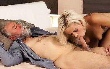 Pater fuck anal xxx Surprise your girlplaymate plus she