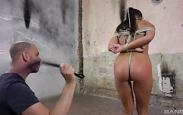 Fine babe plays submissive and gets fucked in portend BDSM