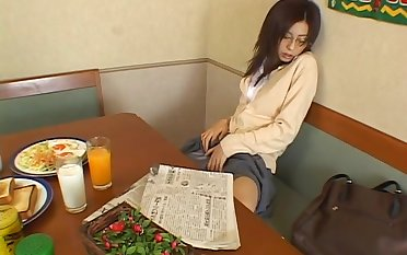 Merely Japanese chick Noa moans after a long time rubbing her covetous wet pussy