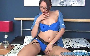 Foxy chick Lymara opens her fingertips beside finger her soaking fuck hole
